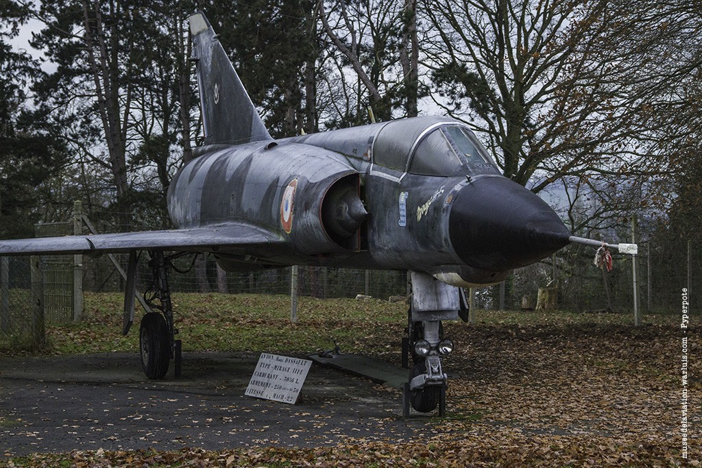 Mirage IIIE n°573 - Musée de l'Aviation de Warluis
