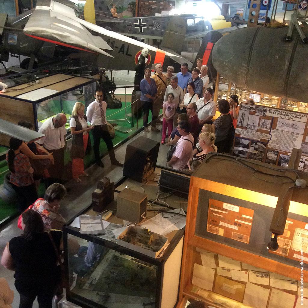 musée de warluis, visite du Credit Social des Fonctionnaires, juin chargé au musée